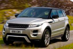 Conheça os dados técnicos do Land Rover Evoque Prestige Tech 2.2 SD4 2015, incluindo consumo potência e desempenho.