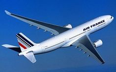 An Airbus A330-200 jetliner from the French company Air France: Airbus has had computer problems