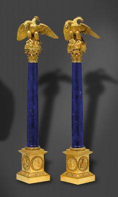 Tzar Alexander I, Russia – A pair of ornamental columns, lapis lazuli - Dim: height: 90 cm Tabletop Accessories, Bronze, Objet D'art, Nautilus, Malachite, Decorative Objects, Candlesticks, Blue Gold, Antique Furniture