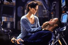 A gallery of The Matrix publicity stills and other photos. Featuring Carrie-Anne Moss, Keanu Reeves, Laurence Fishburne, Hugo Weaving and others. Good Movies On Netflix, Sci Fi Movies, New Movies, Movies To Watch, Movies Online, 1990s Movies, Foreign Movies, Indie Movies, Matrix Film