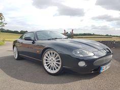 Jaguar Xk8, Jaguar Cars, Aston Martin, True Car, Corvette, Vintage Cars, Cool Cars, Automobile, Vehicles