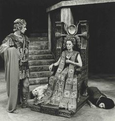 Production photograph - Antony and Cleopatra - Keith Baxter, Margaret Leighton