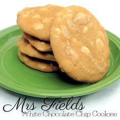 Mrs. Field's White Chocolate Chip Cookies