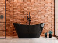 Czarna wanna wolnostojąca w połysku Besco Viya. #besco #domowerewolucje #wanna #wolnostojaca #bath #frestanding #modernbathroom #architekciwnetrz #projektowaniewnetrzwarszawa #projektlazienki #interior123 Bathtub, Tapestry, Bathroom, Interior, Decorating Ideas, Easy, Home Decor, Standing Bath, Hanging Tapestry