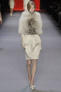 Giambattista Valli Fall 2008 Ready-to-Wear Fashion Show - Skye Stracke