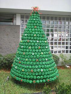 Pin on Christmas crafts Recycled Christmas Decorations, Recycled Christmas Tree, Unusual Christmas Trees, Wooden Christmas Crafts, Christmas Makes, Xmas Decorations, Christmas Projects, Holiday Crafts, Christmas Holidays