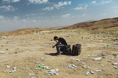 Syria 2014 - Nowhere to go. Photograph by Lynsey Addario
