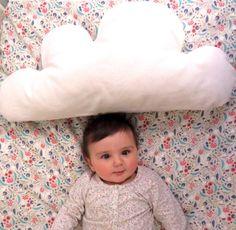 100 % coton bio nuage coussin en couleur naturelle par ItsAllBien