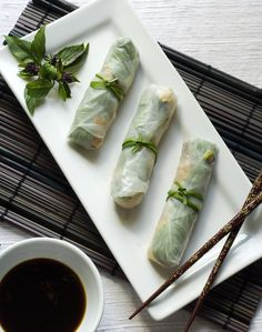 New Year's Eve App: Gluten-Free Spring Rolls with Spicy Ginger Sauce Posted by Ole & Shaina Olmanson on December 2011 at am Foods With Gluten, Gluten Free Recipes, Healthy Recipes, Healthy Foods, Healthy Options, Healthy Eating, New Year's Food, Good Food, Healthy Spring Rolls