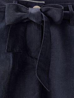 TROUSERS WITH TIE DETAIL de BOYS & GIRLS - Trousers & Denim da Massimo Dutti de outono inverno 2016 por 29.95. Elegância natural!