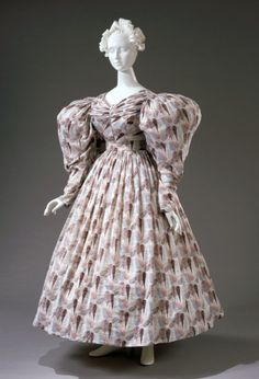 The underskirt to this dress is ridiculous. They wore petticoats, not hoops or whatever this mess is! 1800s Clothing, Antique Clothing, Historical Clothing, Historical Costume, 1800s Fashion, 19th Century Fashion, Victorian Fashion, Vintage Fashion, Medieval Fashion