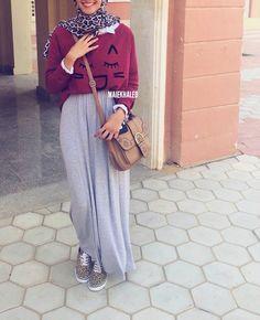 #hijabfashion #hijab #hijaboutfit #hijablookbook #hijabmodesty #hijabmuslim #hijablook #hijabi #chichijab #cairostyle #modestmode #modesty #summerfashion #hijablove #elegant #elegance #instafashion #fashionista #fashion #ootd #lookoftheday #lookbook #fashionstatement #hijabifashion #accessories #streetstyle #hijabstreetstyle #hijabystreetstyle #grey #skirt #cheetah #leopard #winter