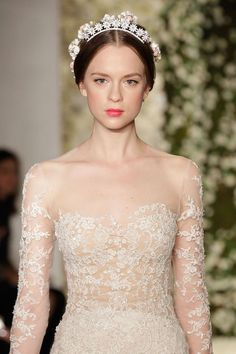 I am seeing a lot of this off shoulder wedding dress inspo lately. something plain in a white cream taffeta would be stunning! Top Wedding Dress Trends for 2015 - Part 2 2015 Wedding Dresses, Wedding Trends, Bridal Dresses, Wedding Gowns, Reem Acra Wedding Dress, Reem Acra Bridal, Dream Wedding, Wedding Day, Light Wedding