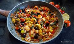 Vegan For A Week, Yami Yami, Buffet, Kung Pao Chicken, Ratatouille, Paella, Healthy Eating, Favorite Recipes, Dishes