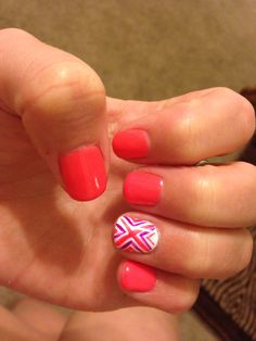 Shellac nail design for summer