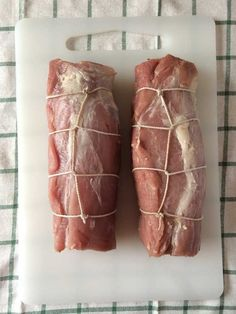Step-by-Step directions with pictures on how to cut and tie a pork tenderloin for stuffing.
