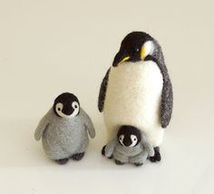 needle felted penguin realistic animal sculpture by Softhug