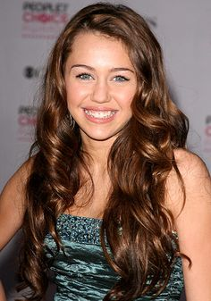 what happened to miley cyrus? she looks so cute here back in her disney days. :(