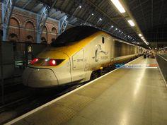 La rame Eurostar 3019 Alstom en gare de Londres St Pancras le 31 juillet 2015. Page web : tgveurofrance.com.pagesperso-orange.fr/materiel-roulant/e...