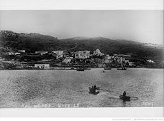 Castellorizo où les forces françaises ont atterri à 80 miles au sud-ouest d'Adalia [Antalya] qui est au sud-ouest de l'Asie mineure : [photographie de presse] / [Agence Rol] France, Antalya, River, Outdoor, Travel, Turkey, The Sea, Asia, City