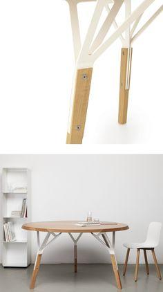 Round wooden table STAMMTISCH by Quodes | #design Alfredo Häberli
