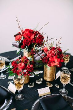 cluster of gold and red wedding centerpieces via wedding chicks Great Gatsby Party, Wedding Colors, Wedding Flowers, Red Centerpieces, Red Centerpiece Wedding, Black Red Wedding, Deco Table Noel, Gold Party, Reception Decorations