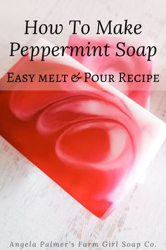 Learn how to make an easy peppermint candy swirl soap without lye, with this quick melt and pour soap recipe. Perfect for Christmas (but let's be honest, peppermint smells fabulous year-round). Handmade Soap Recipes, Soap Making Recipes, Handmade Soaps, Diy Soaps, Homemade Soap Bars, Soap Melt And Pour, Peppermint Soap, Christmas Soap, Soap Tutorial