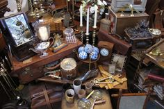 English Country Antiques- I'd love to shop here!