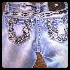 Miss me jeans Miss Me size 25.  Great looking jeans! Miss Me Jeans Boot Cut