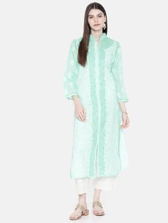 Ada Hand Embroidered Sea Green Cotton Lucknow Chikan Kurti- A230229 offers a comfortable and relaxed silhouette to the wearer #Adachikan #chikan #chikankari #handcrafted #Ada #cotton #kurti