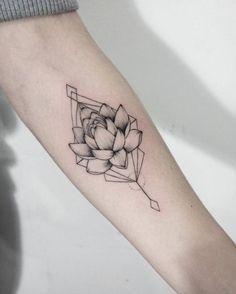 #tattoo #tattoos #tatuagens #tatuagem #tattoonobraco #estudiodetatuagem #universodatattoo #tatuagememtudo #tattaoonaperna #tattoonocorpo #tattoofeminina #tatuado #tatuada #tatuagemmasculina  Pin @bakaoppai01