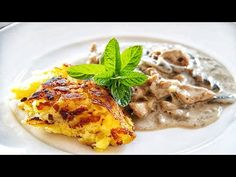 Zürcher Geschnetzeltes includes veal strips, Champignons, white wine, cream, and demiglace. The original recipe also includes sliced veal kidney.  #zürchergeschnetzeltes #swissfood⠀  #Dacipriano⠀⠀ #AlessandroCipriano Food T, Ube, Most Popular Recipes, Original Recipe, Whole Food Recipes, Traditional, Dishes, Dining, Breakfast