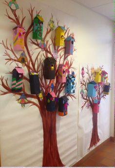Fågelholkar mjölkkartonger Craft Work For Kids, Diy For Kids, Classroom Walls, Classroom Decor, Elementary Art Rooms, Tree Study, Deco Nature, Spring Theme, Summer Crafts