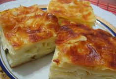 Borek is one of my favorite dishes from the Turkish cuisine Slow Cooking, Cooking Recipes, Meat Appetizers, Appetizer Recipes, Borek Recipe, Cheese Pie Recipe, Good Food, Yummy Food, Puff Pastry Recipes