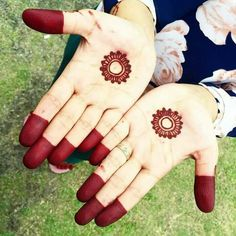 Circle Mehndi Designs, Round Mehndi Design, Finger Henna Designs, Modern Mehndi Designs, Mehndi Designs For Girls, Mehndi Designs For Beginners, Mehndi Design Photos, Henna Designs Easy, Mehndi Designs For Fingers