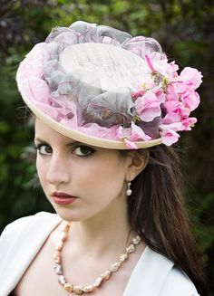'Sweet Pea'  BY MARION LOWE  #millinery #hats #HatAcademy