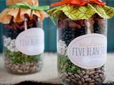 A great vegetarian five bean soup mix recipe! Beans just look pretty in a jar, and the label is cute too! This is something to keep in the pantry when you need a quick dinner. This would also be a great gift idea as well, for Christmas or a hostess gift!  30 Mason Jar Foods and Recipe Ideas | via putitinajar.com