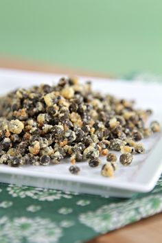 Fried capers~ These might be interesting sprinkled on a fish taco. Big flavor impact for very little effort. :o)