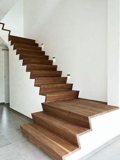 Afbeeldingsresultaat voor z trap Stairs In Living Room, House Stairs, Modern Staircase, Staircase Design, Interior Stairs, Interior And Exterior, Stair Art, Stair Steps, Wood Stairs