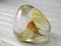 Resin parrot feather ring