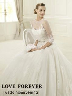 Ball Gown Ivory Tulle Lace Long Sleeve Bridal Wedding Dresses With Long Train 2013