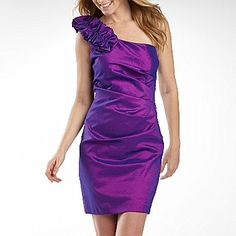 One-shoulder purple dress