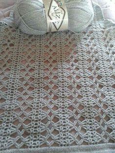 Hand Knitting Women's Sweaters - Knitting and Crochet Filet Crochet, Crochet Motifs, Crochet Stitches Patterns, Crochet Chart, Crochet Trim, Crochet Designs, Crochet Lace, Stitch Patterns, Knitting Patterns