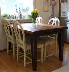 Lankkupöytää on useita kokoja, myös pieniä
