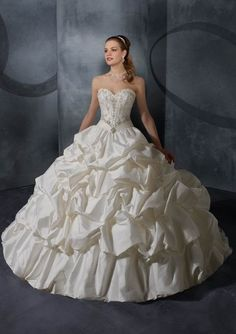 * Fav~!!!Junoesque Embroidery Bodice Pleats Ruching Sweetheart Floor Length Ball Gown White Taffeta Wedding Dresses - $280.00