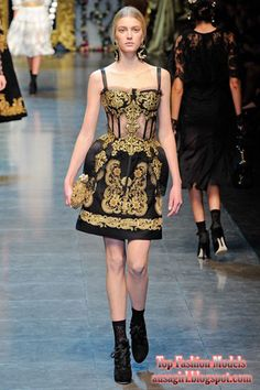 Dolce & Gabanna couture, 2012.