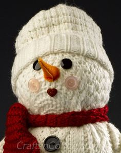 Adorable snowman made from an old sweater! CraftsnCoffee.com.