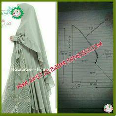 Pola hijab - Her Crochet Abaya Fashion, Muslim Fashion, Dress Sewing Patterns, Clothing Patterns, Tudung Shawl, Abaya Pattern, Instant Hijab, Modele Hijab, Sewing Blouses