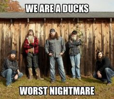 After several recommendations I watched Duck Dynasty today. So now the show I am hooked on is Duck Dynasty. Those dudes are crazy and boy they sure drink a lot of sweet tea. Robertson Family, Phil Robertson, Duck Dynasty Family, Funny Facebook Status, Redneck Humor, Duck Calls, Duck Commander, Quack Quack, Best Shows Ever