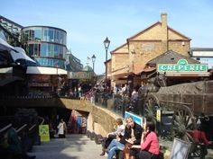 BLOG POST: London Markets - Everything a Tourist needs to know.